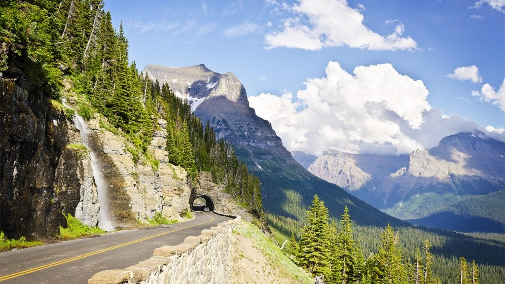 Going to the sun Road in Glacier